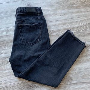 URBAN OUTFITTERS BDG High Rise Mom Jeans Black 30